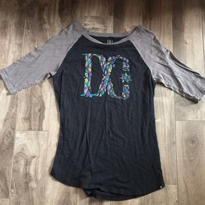 DC t-shirt mid sleeve